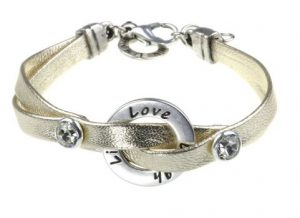 Lemoniq-Women's Pearl bracelet Live Love Laugh - Jewelry- detail